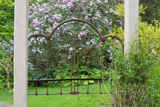 Ideje za savršeno dvorište: Reciklirana kapija