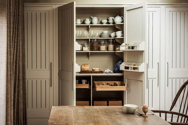 kitchen-house-29sep16-sarah-hogan_b_639x426