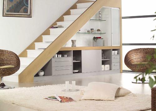 Tender 5 savetuje: Kako iskoristiti prostor ispod stepeništa